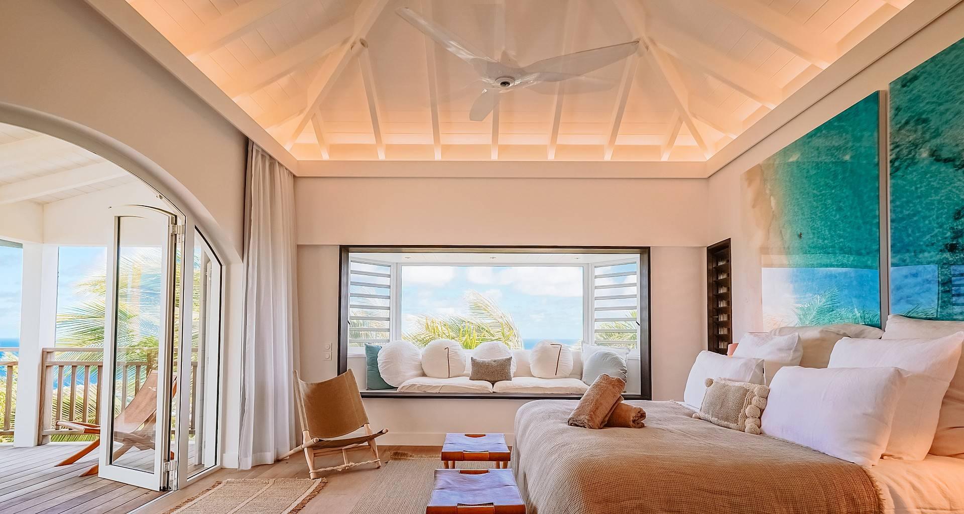 Villa Mamiami Bedroom 1